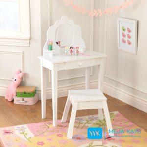 meja rias anak minimallis